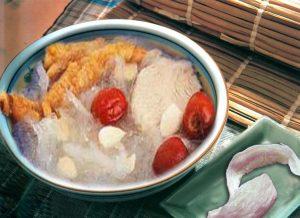 Ginseng sweet almond soup-bird's nest