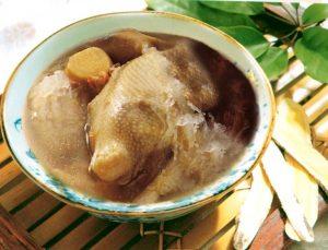 Stewed-pigeon-ginseng-bnest